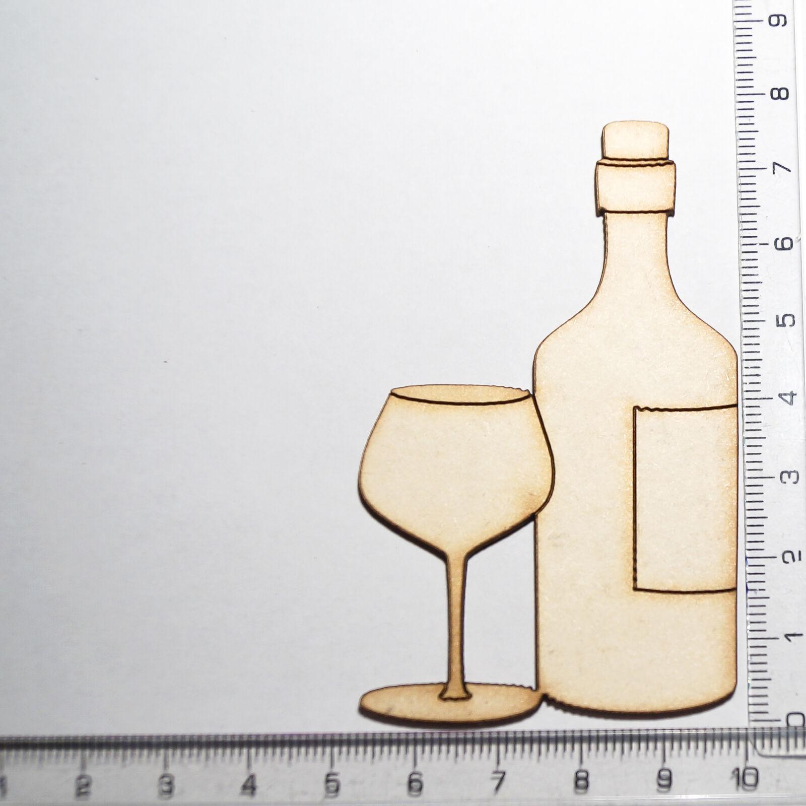 Boros üveg pohárral