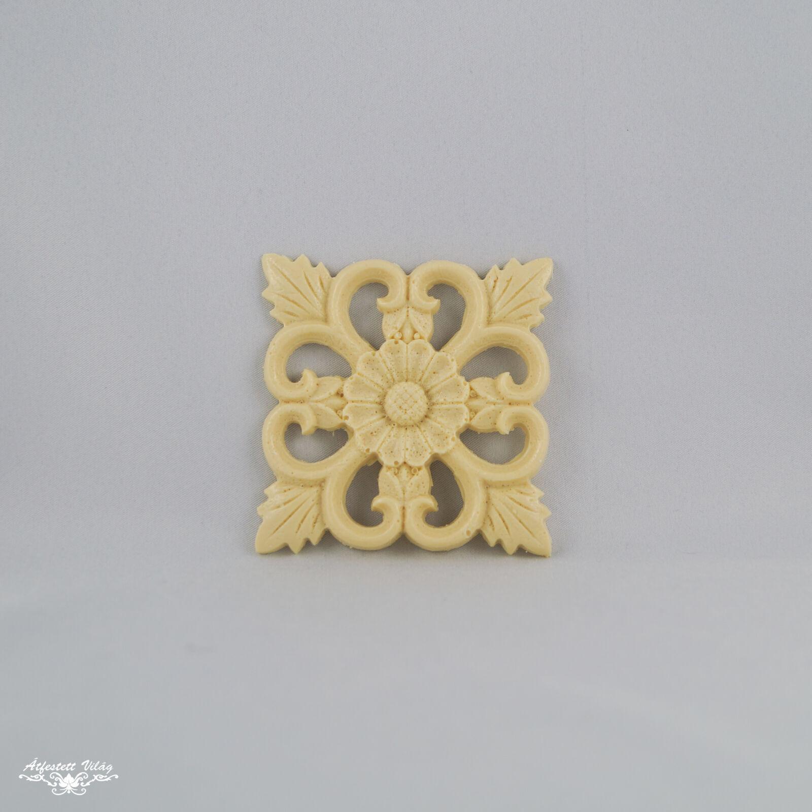 Gyanta dísz [GY4] 7,5x7,5 cm