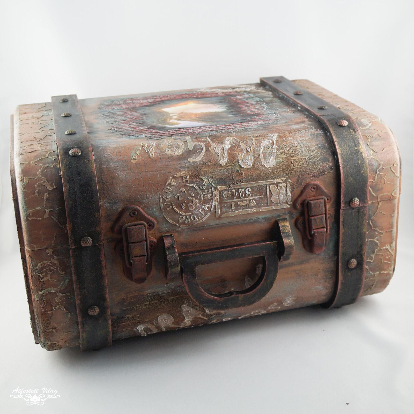 Sárkányos bőrönd